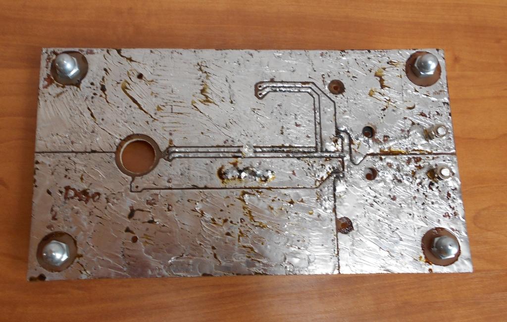 Печатная плата для катушки Тесла или качера Бровина. Вид снизу.