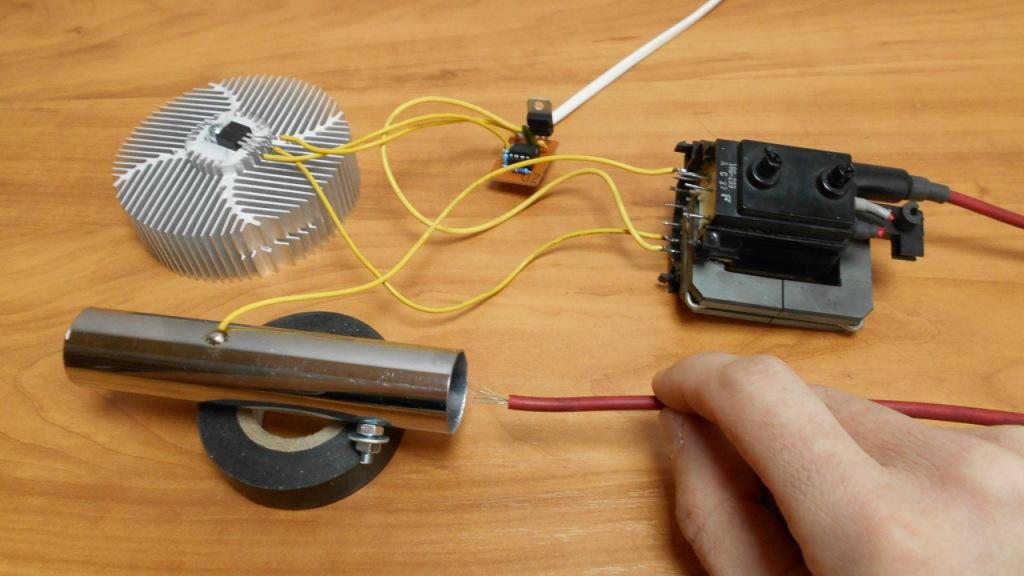 Генератор озона (озонатор воздуха) своими руками