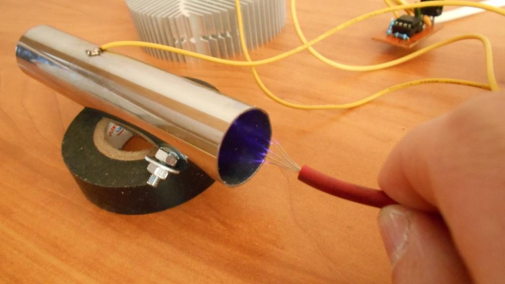 Генератор озона (озонатор воздуха) своими руками, коронный разряд