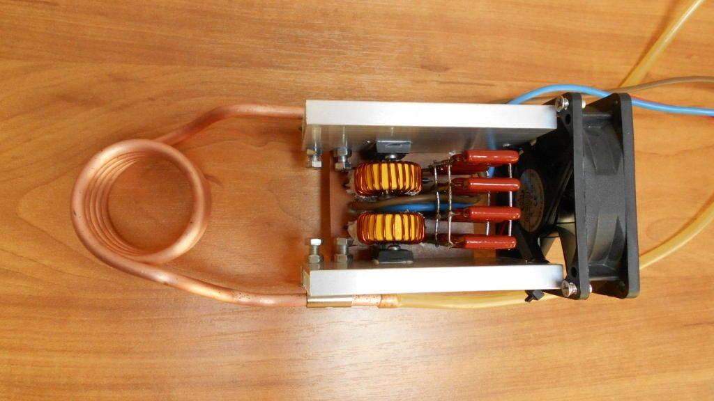 Индукционный нагреватель своими руками, вид сверху